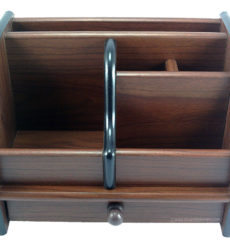 wooden-pen-stand-8013